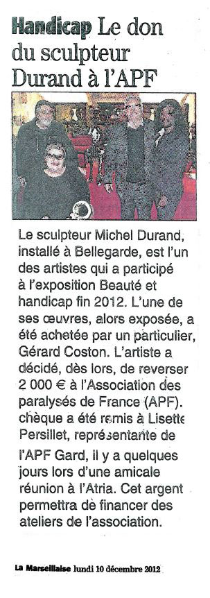 Le don du sculpteur à L'AFP